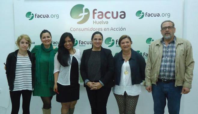 FACUA Huelva muestra su funcionamiento a las concejalas de Consumo y Participación Ciudadana