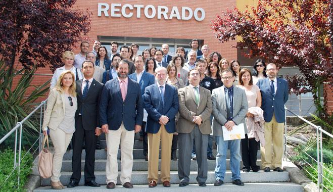 La Fundación FACUA participa en la presentación de los Cursos de Verano de la Pablo de Olavide