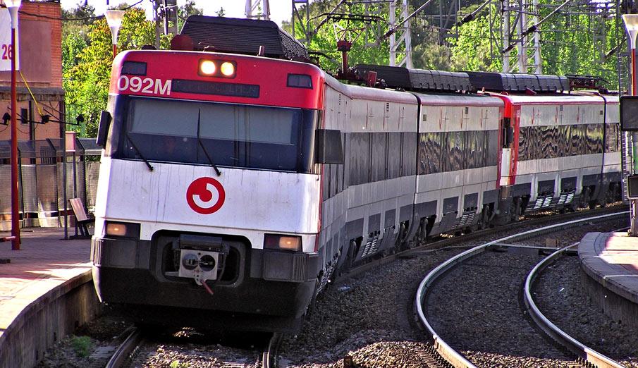 FACUA cree que el cierre y reducción de líneas de tren condena al aislamiento a poblaciones enteras