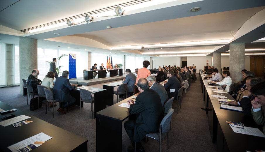 FACUA asiste a un seminario sobre la revisi�n de la directiva europea sobre el tabaco