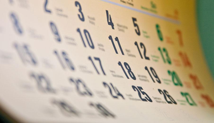 Los consumidores tienen sólo 10 días para valorar 13 normas sobre electricidad