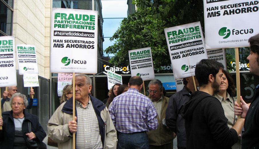 FACUA muestra su indignación ante la irrisoria multa de Andalucía a CaixaBank por las preferentes