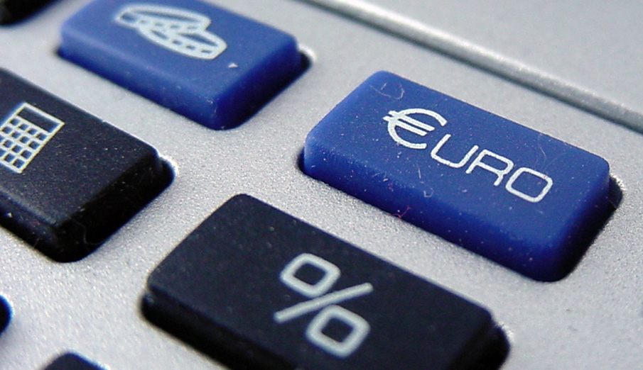 FACUA considera insuficiente que Bruselas aplique multas ridículas a los bancos por manipular el euríbor