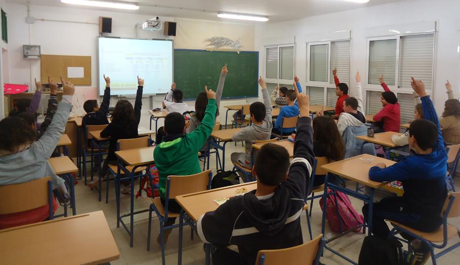 FACUA Huelva imparte dieciséis talleres a 654 jóvenes en enero