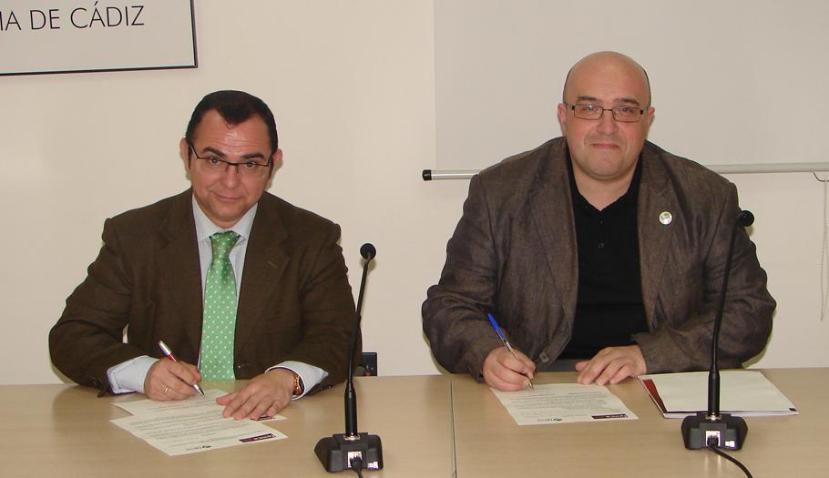 FACUA Cádiz y la Federación de Empresarios del Metal de la provincia, Femca, suscriben un acuerdo