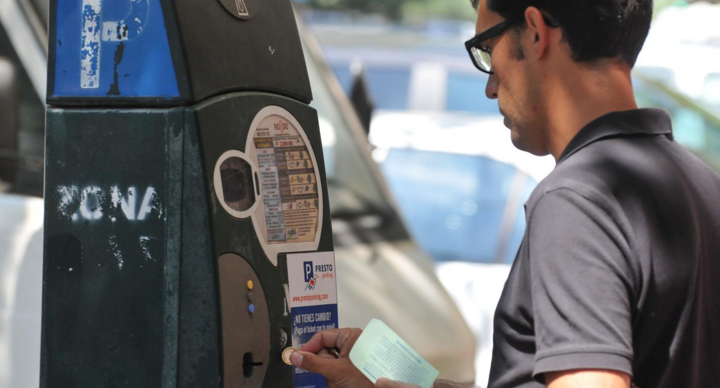 El 88% de los usuarios cree que la zona azul no cumple con su objetivo de rotación de aparcamientos