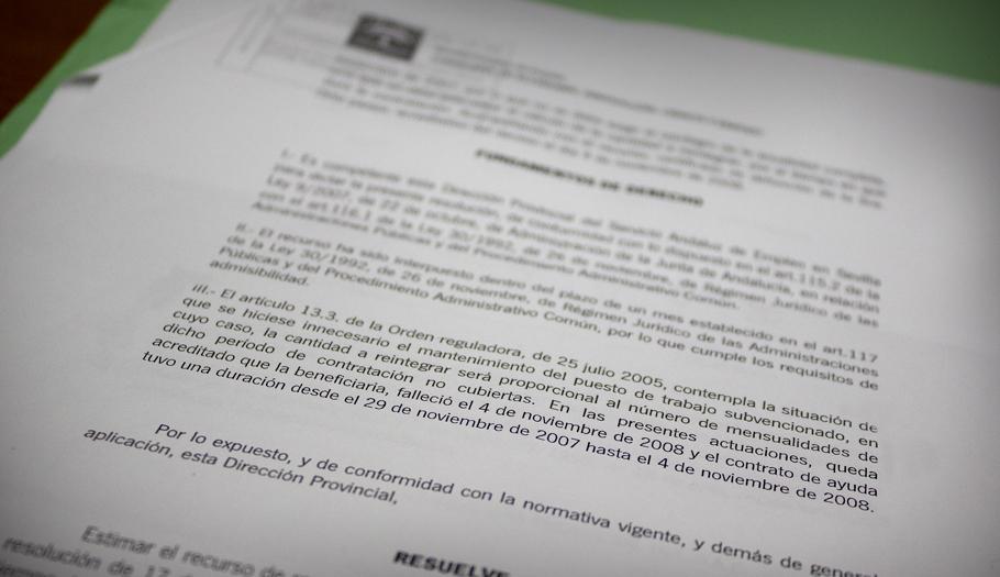 FACUA logra que la Junta deje de reclamar la devolución de la ayuda a una dependiente antes de fallecer