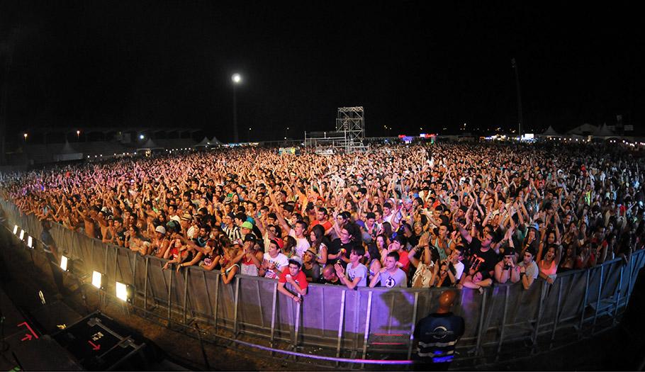 FACUA Cádiz recibe numerosas quejas de asistentes al Festival Alrumbo celebrado en Rota