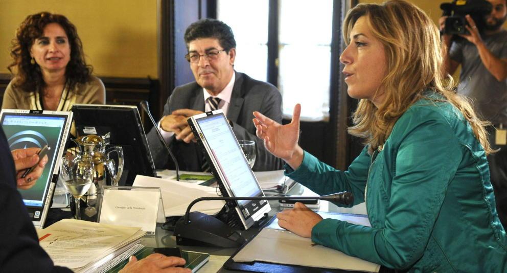 La Junta de Andalucía suspende las subvenciones para la defensa de los derechos de los consumidores