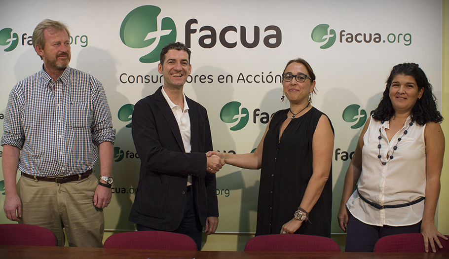 FACUA Andaluc�a se re�ne con Aceia para profundizar en la situaci�n del sector de las academias de idiomas