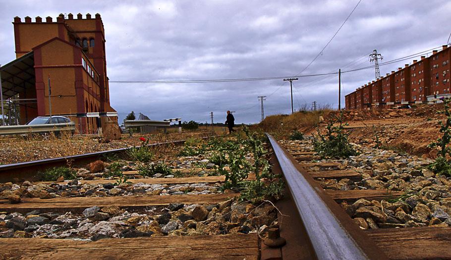 FACUA exige la restauración del suministro de agua a los vecinos de la Aldea Moret en Cáceres