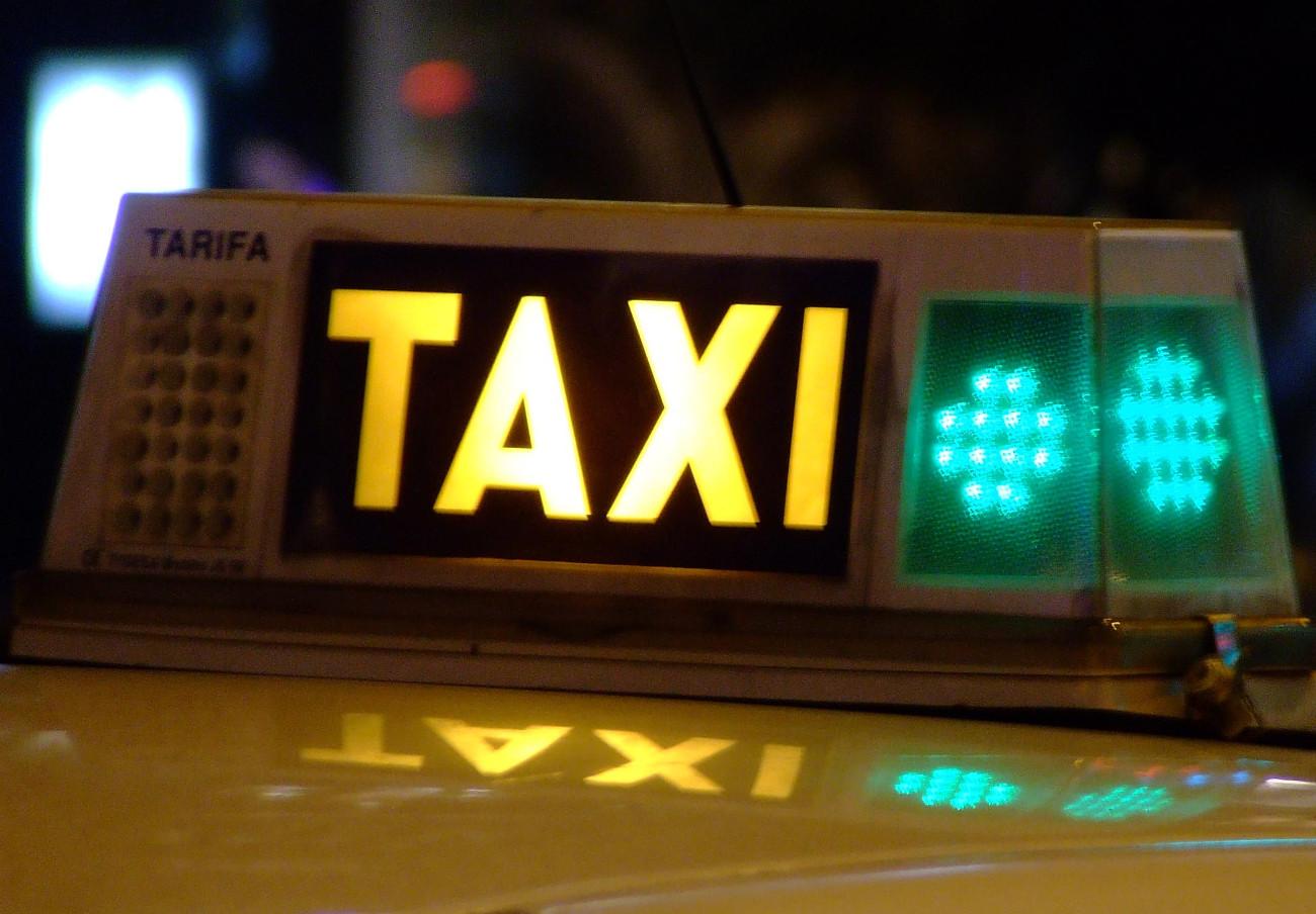 Analizadas las tarifas del taxi en 45 ciudades: Tarragona, San Sebastián, Girona y Pamplona, las más caras