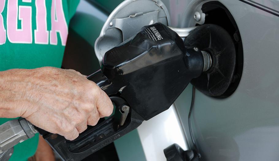 FACUA pide medidas a Industria contra la proliferaci�n de gasolineras desatendidas