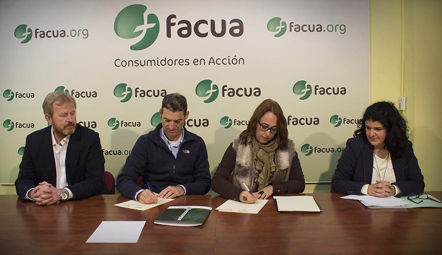 FACUA Andalucía renueva su convenio de colaboración con la asociación de academias de idiomas Aceia