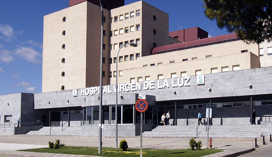Un informe oficial confirma que se cedieron irregularmente datos de pacientes desde el hospital de Cuenca