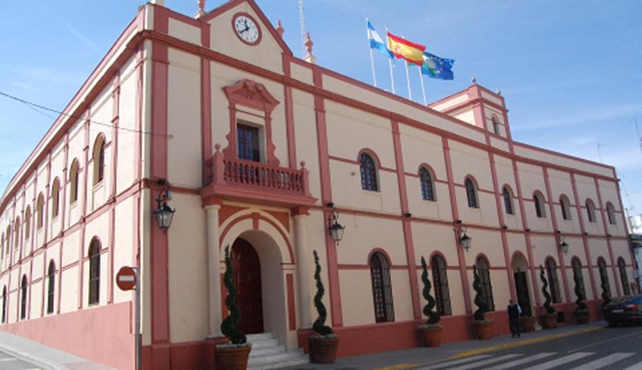 La AEPD apercibe al Ayuntamiento de Alcalá de Guadaíra por publicar datos protegidos de 6.700 usuarios