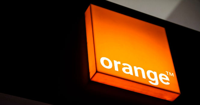 La Comisi�n Europea autoriza la adquisici�n de Jazztel por parte de Orange