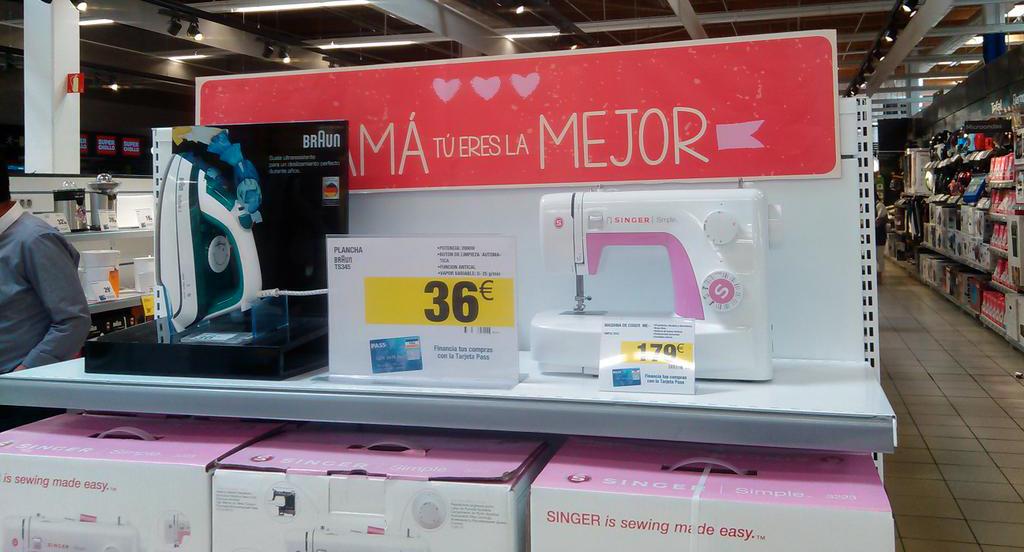 FACUA critica las propuestas de regalos machistas de Carrefour para el Día de la Madre