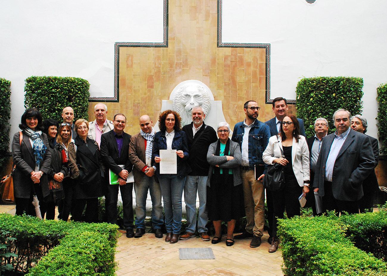 La plataforma ciudadana por una renta b�sica rechaza el veto del Gobierno andaluz a la participaci�n