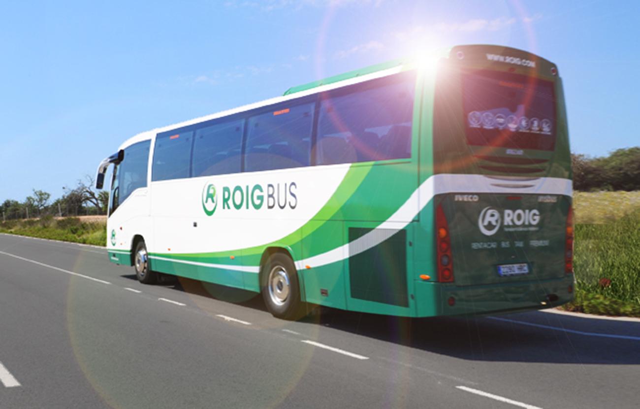 La CNMC abre expediente a varias empresas de autobuses y su Federación en Baleares