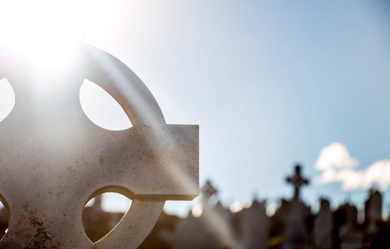 FACUA Madrid solicita a Carmena que adopte la medida de remunicipalizar los servicios funerarios
