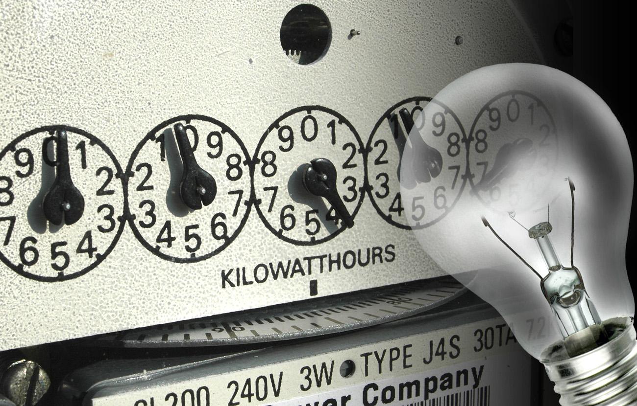 FACUA pide multas a las eléctricas por falsear manipulaciones de contadores para lucrarse con ellas