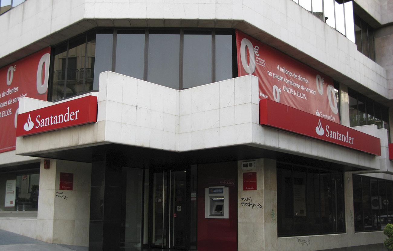 El Supremo condena al Santander por un producto financiero en el que el cliente siempre perdía dinero