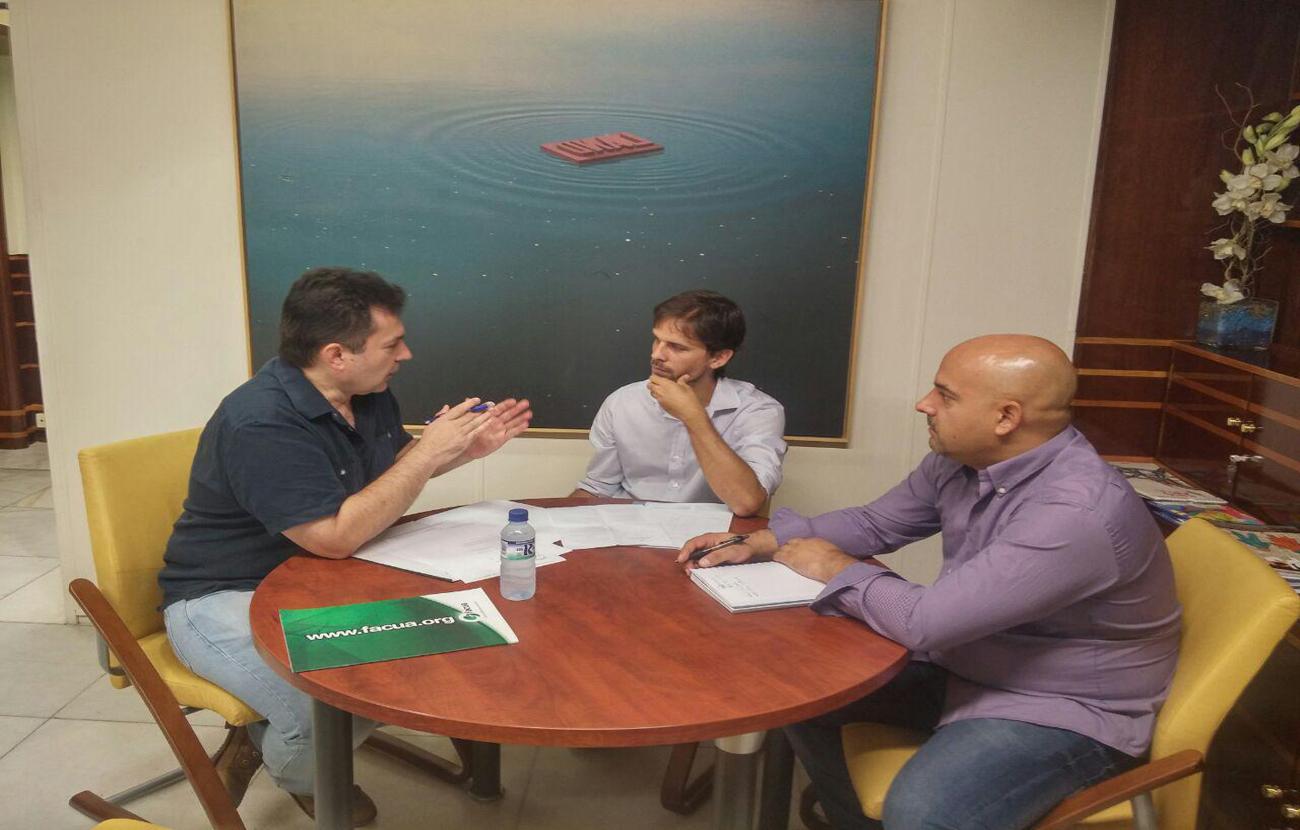 Extremadura debate una propuesta parlamentaria que recoge las reivindicaciones de FACUA en materia de agua