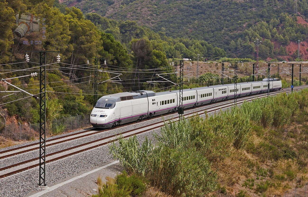 FACUA recuerda que Renfe tiene que compensar a los afectados por la paralización de trenes en Cataluña