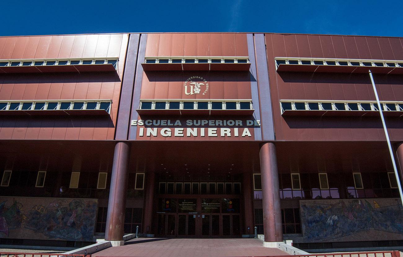 Dos detenidos en Sevilla por estafar a ingenieros recién licenciados con falsas ofertas de trabajo