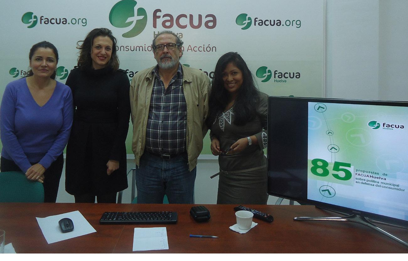 FACUA Huelva recibe la visita de la concejala de Participación Ciudadana del Ayuntamiento onubense