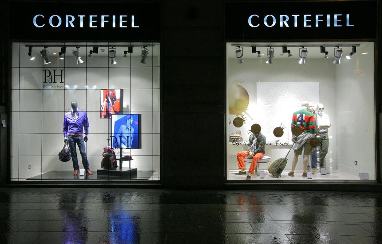 Tras la denuncia de FACUA, Cortefiel anuncia que revisará las anulaciones de compras de su promoción web