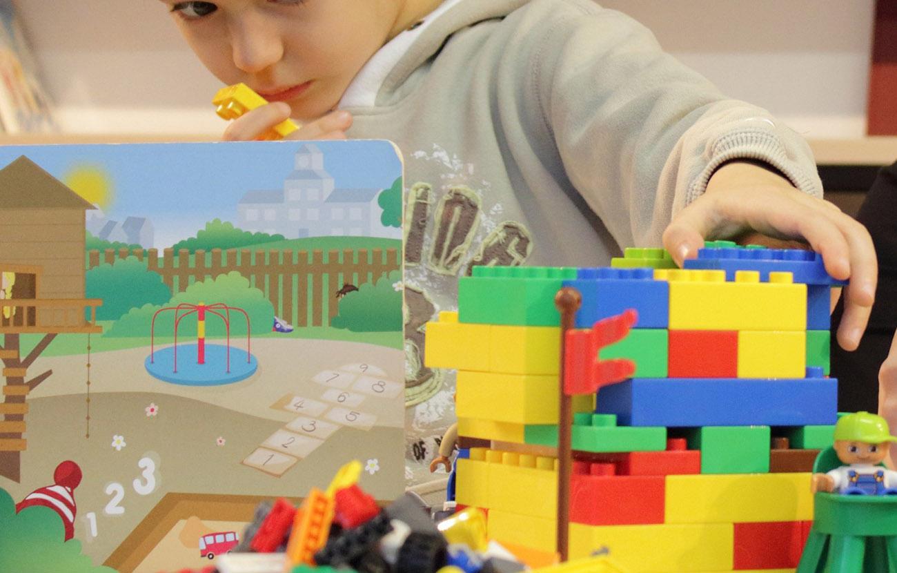 Uno de cada tres juguetes tiene precios idénticos en las seis grandes superficies encuestadas por FACUA