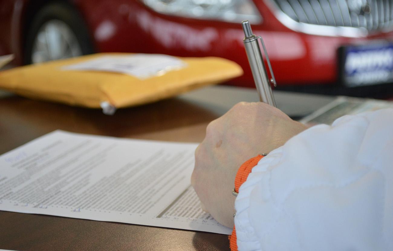 FACUA advierte de que el plazo para oponerse a la prórroga de un seguro se amplía un mes