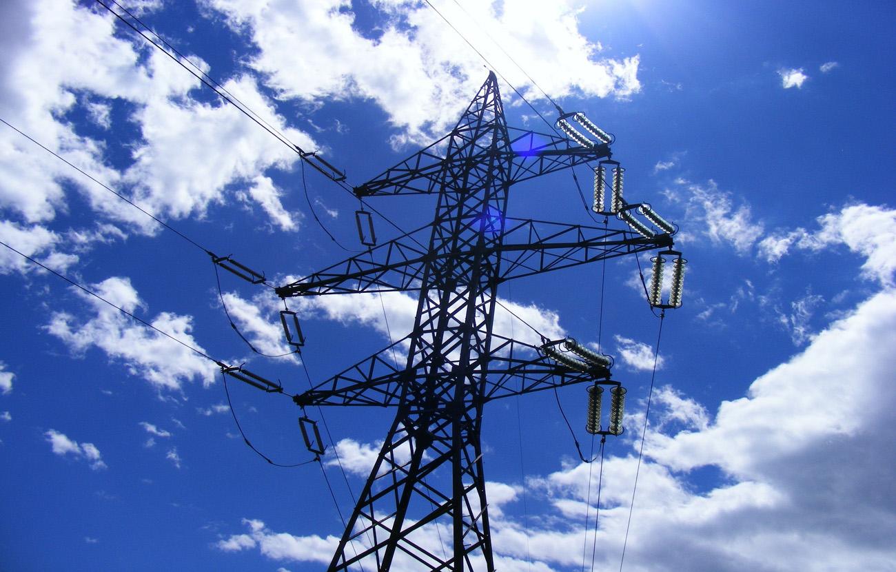 FACUA Granada se reúne con los vecinos del Zaidín para conocer sus problemas de suministro eléctrico
