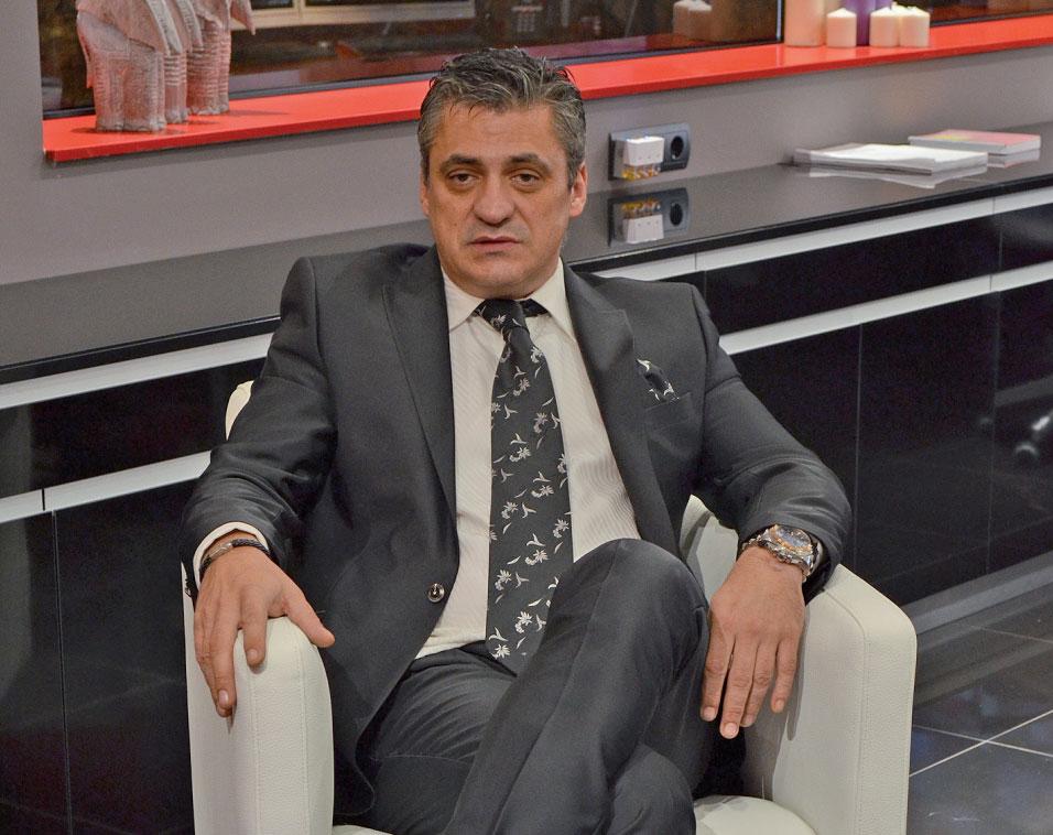 Cristóbal López Vivar, propietario de las clínicas dentales Funnydent. | Imagen: sur-madrid.com.