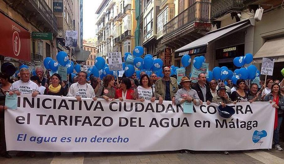 Miles de ciudadanos se manifiestan en Málaga contra el tarifazo del agua
